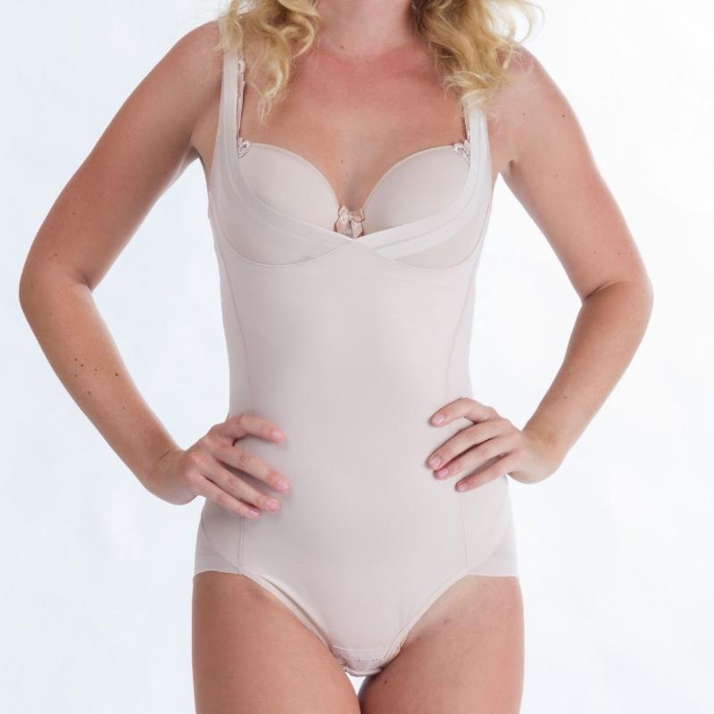 5925fcb327f Stahovací body - luxusní spodní prádlo